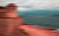 Sentinelle numérique (François Tomasi) Tags: ajaccio corse france tomasi françois françoistomasi pointdevue pointofview pov numérique lumières lumière lights light colors color couleurs couleur yahoo google flickr art photoshop photo photographie photography reflex nikon paint painting composition eau water mer sea ocean clouds cloud nuages nuage flouartistique mars 2017