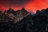 Torrecerredo y Cabrones (Roberto Graña) Tags: light sunset sky mountains luz atardecer asturias cielo montañas alpenglow picosdeeuropa cabrales cabrones torrecerredo macizocentral urrieles peaksofeurope