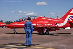 8132_1 C9 R9 XX323 (photozone72) Tags: canon aviation blues reds redarrows raf rafat groundshots circusatwork