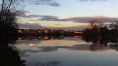 Coucher de soleil sur Longeville les Metz depuis la vloroute le long de la Moselle (ichael C.) Tags: sunset sky sun bike clouds river soleil coucher rivire ciel nuage vlo metz balade moselle