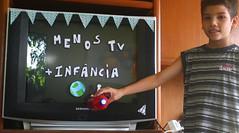 IMG_7054 (Vitor Nascimento DSP) Tags: party brazil brasil kids cores children diy kid arte handmade colorfull sopaulo artesanato artesanal oficina sp workshop criana festa crianas reciclagem pulseiras pulseira almofada 011 brincando infncia brincadeira criao colorido desenhando pintando educao criatividade almofadas festainfantil reutilizao crianasbrincando faavocmesmo festaemcasa arteca