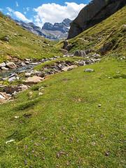 Gave d'Estaube (Manolo Moliner) Tags: walking paisaje senderismo pyrénées pirineos pirineo randonnée midipyrénées hautespyrénées pirineocentral