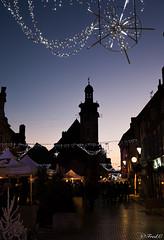 A la tombée de la nuit (Fréd.C) Tags: bourgogne nuits nught beffroi france town french