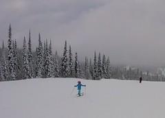 Skiing on one leg (Ruth and Dave) Tags: catrin skier child sunpeaks skiresort skiing oneleg showoff piste skirun trees