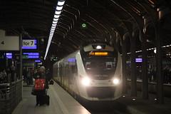 KD 36WEa-016 , Wrocław Główny train station 11.12.2016 (szogun000) Tags: wrocław poland polska railroad railway rail pkp station wrocławgłówny ezt emu set electric newag en63a 36wea 36wea016 impuls kd kolejedolnośląskie train pociąg поезд treno tren trem passenger commuter osobowy 69552 d29132 d29271 d29273 d29276 d29285 d29763 e30 e59 dolnośląskie dolnyśląsk lowersilesia canon canoneos550d canonefs18135mmf3556is