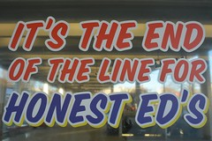 So long Honest Ed's (hogtown_blues) Tags: toronto ontario canada annex bloorstreetwest bloorstreet bathurststreet bathurststation ttc torontotransitcommission honesteds edmirvish publicart sign torontosigns torontohistory