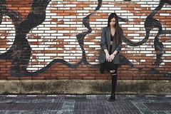 Lidia 7.0. // 02 (Lt. Sweeney) Tags: fondo background bricks ladrillo urbana urban streetphotography exterior gente airelibre modeling moda fashion color sinflash luz light luzambiental encuadre frame framing mood model modelo beau beautiful guapa gorgeous canon photo photography fotografía sesiónfotográfica foto cute cool joli pose