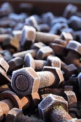 altes Eisen (honiigsonne) Tags: screw bolt iron old rust rusty ice winter schraube schrauben eisen altmetall rostig rost eis schnee schrott outside schärfentiefe textur bokeh rund