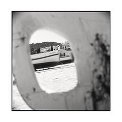hole • palafrugell, catalunya • 2016 (lem's) Tags: hole trou boats bateaux port beach plage palafrugell catalunya catalogne catalonia spain espagne zenza bronica