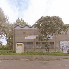 (maxelmann) Tags: architecture leipzig le architektur ddr gdr ost neu beton tristesse quadratisch neubaugebiet wohnblock maxelmann leipzigerstadtansichten leipzigimquadrat sonntagimneubaugebiet