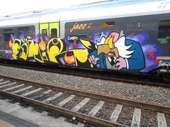 DSCF9260 (en-ri) Tags: train writing torino graffiti giallo crew viola igor nero arancione sdk snir 2015