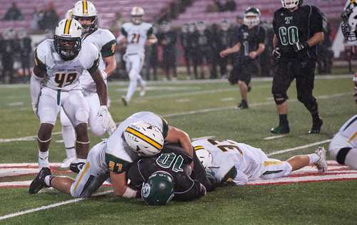 """Trinity vs. St. X 2015 • <a style=""""font-size:0.8em;"""" href=""""http://www.flickr.com/photos/134567481@N04/21737959568/"""" target=""""_blank"""">View on Flickr</a>"""