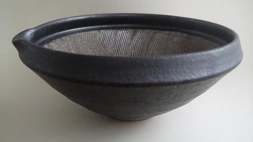 数珠型波紋櫛目すり鉢の写真