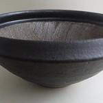波紋櫛目すり鉢の写真