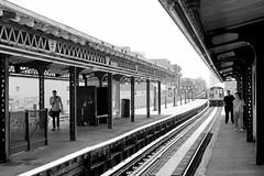 Subway New York City (Pablo C.M || BANCOIMAGENES.CL) Tags: city nyc usa ny newyork subway metro ciudad queens mta transporte nuevayork eeuu