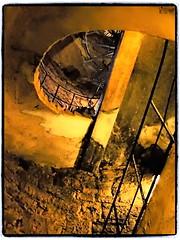 Wendeltrepe (1elf12) Tags: stairs germany deutschland hessen treppe rapunzel fairytales wendeltreppe mrchenstrase gebrdergrimm hotelburgtrendelburg dramatictone