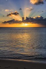 The day ends behind Molokai - Napili Bay (<e.cel8>) Tags: hawaii bay maui molokai napili
