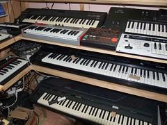 LP158652 (LoxPix2) Tags: boss music studio guitar fender synth roland korg yamaha emu gibson akai novation alesis kawai maudio behringer kurzweil teisco ensoniq tapco rogerlinn loxpix