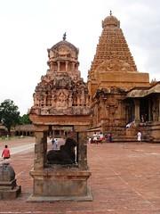 The Big Temple (10): Small Nandi Shrine (v s raam (on/off)) Tags: india tower architecture unescoworldheritagesite mount nandi gigantic thanjavur lingam tamilnadu shikara sikhara chola thebull tanjore bigtemple lordshiva vimanam shikhara nandhi sanctorum lordsiva rajarajachola vahana vimana mahalingam periyakovil thanjai santum sikara brihadeeswarartemple tanjai rajarajacholai rajarajeswaram greatlivingcholatemples peruvudaiyarkovil consortofshiva garbhagriha rajarajeshwaratemple tanchai thanchai consortofsiva brihannayagi
