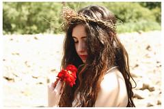 free spirit (Irina*****) Tags: red portrait people flower rose canon 50mm freedom rojo retrato adolescente flor free rosa teenager hippie canoneos janisjoplin freespirit teenspirit