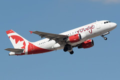 Air Canada Rouge Airbus A319-100 C-GBHR KPHX 22OCT15 (FelipeGR90) Tags: arizona phoenix rouge airbus rv phoenixarizona phx rou aircanada a319 kphx a319100 skyharborinternationalairport cgbhr aircanadarouge