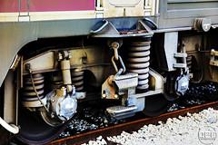 333.3 detall bogie. (Escursso) Tags: station train canon tren eos diesel railway estacion catalunya 333 3333 trainspotting tarragona renfe estacio adif mercancias 60d euro3000 vossloh 333368
