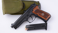 JAB6137 (Joseph Berger Photos) Tags: 9mm berretta berrettam9 gun pistol firearms