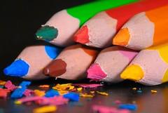 Crayons couleurs 1 (Xirtam42) Tags: crayonsdecouleurs color nikoncls sb500 nikkor18135 pencil nikond300 notonsd300 nikon