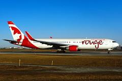C-FMLZ (rouge) (Steelhead 2010) Tags: aircanada rouge boeing b767 b767300er yyz creg cfmlz