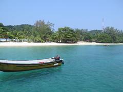 """Pulau Kapas <a style=""""margin-left:10px; font-size:0.8em;"""" href=""""http://www.flickr.com/photos/83080376@N03/33402947536/"""" target=""""_blank"""">@flickr</a>"""