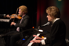 Maybelle Chisholm McQueen (with Ashley MacIsaac) – Pure Celtic Heart: A Tribute to Maybelle – 10/16/14 (photo: Corey Katz)