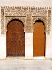 P6100104 (simonrwilkinson) Tags: door spain doorway alhambra granada andalusia courtofthemyrtles thenasridpalaces