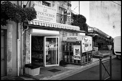 L1006031 (Ross917) Tags: leica white black france 35mm noir village plan m summilux epicerie fle publicits advertisings grossery octon typ240