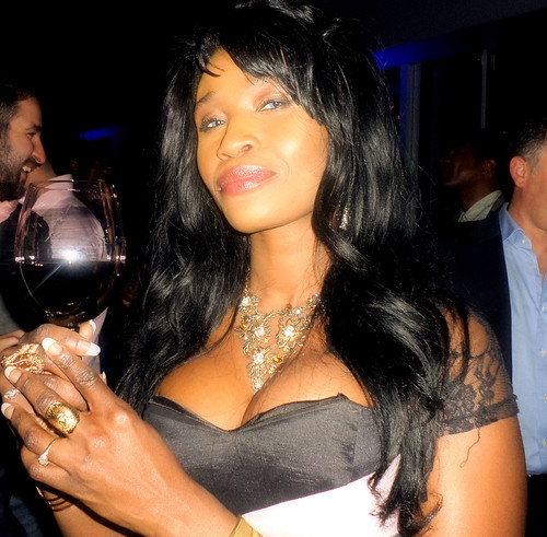 Queen_sabine_at_ciroc_party