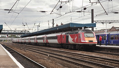 43318 Doncaster 23/09/2015 (Flash_3939) Tags: uk red station train yorkshire rail railway september virgin equinox doncaster hst virgintrains livery eastcoastmainline 2015 highspeedtrain ecml class43 43318 43316 1s25