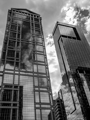 Monochrome Modern Glass (AR_the old guy) Tags: bw chicago monochrome illinois raw toned architecturalboattour lr57 p8015996
