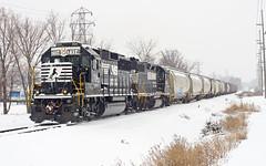 NS 7114, NS GR&I Industrial Track, Fort Wayne, Indiana (monon738) Tags: railroad snow train pentax ns engine indiana railway locomotive fortwayne unit norfolksouthern geep emd railfanning gri allencounty diesellocomotive gp60 electromotivedivision emdgp60 smcpda50135mmf28edifsdm ns7114 grandrapidsandindianarailroad k5iis nslf14