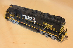 GWWR 3020 RL (Set and Centered) Tags: railroad chicago scale train model paint power company polly western co gateway atlas electro locomotive motive ho division custom operation 187 services lifesaver 3020 nwi railroading emd gp40 dieselelectric superdetailed gwwr