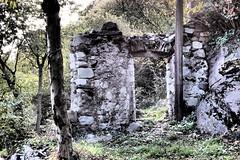 Capodiponte (sandra_simonetti88) Tags: italien italy ruins italia stones entrance pietre lombardia italie rovine entrata valcamonica vallecamonica capodiponte