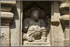 Ganes o Ganesha (Fotocruzm) Tags: india asia aurangabad ganesa ganes patrimoniomundialdelahumanidad hinduismo rupiaindia cuevasellora fotocruzm mcruzmatia religiónhinduista estadofederaldemaharashtra grutabudista