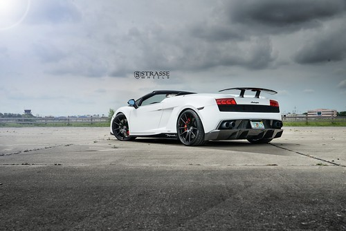 Lamborghini Gallardo LP 570-4 Spyder Performante