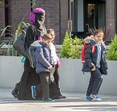Burgha (jptoivon) Tags: school autumn boy england woman child mask islam hijab niqab burqa syksy lontoo 2015 burga burgha
