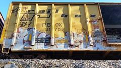 SIGH & AEST (BLACK VOMIT) Tags: 2 car train graffiti ol box south dirty mc dos sigh boxcar d30 mayhem freight wh aest aest2 mcult mayhemcru
