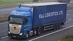WX65 XDH (panmanstan) Tags: truck wagon mercedes motorway yorkshire transport lorry commercial vehicle freight sandholme mp4 m62 haulage hgv actros curtainsider