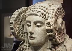 Dama de Elche (primer plano) (J.M. Alvarado) Tags: madrid man arte escultura museoarqueologico alvarado elche ibero damadeelche