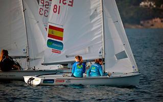 Silvia Mas y Paula Barceló en la GAES Christmas Race