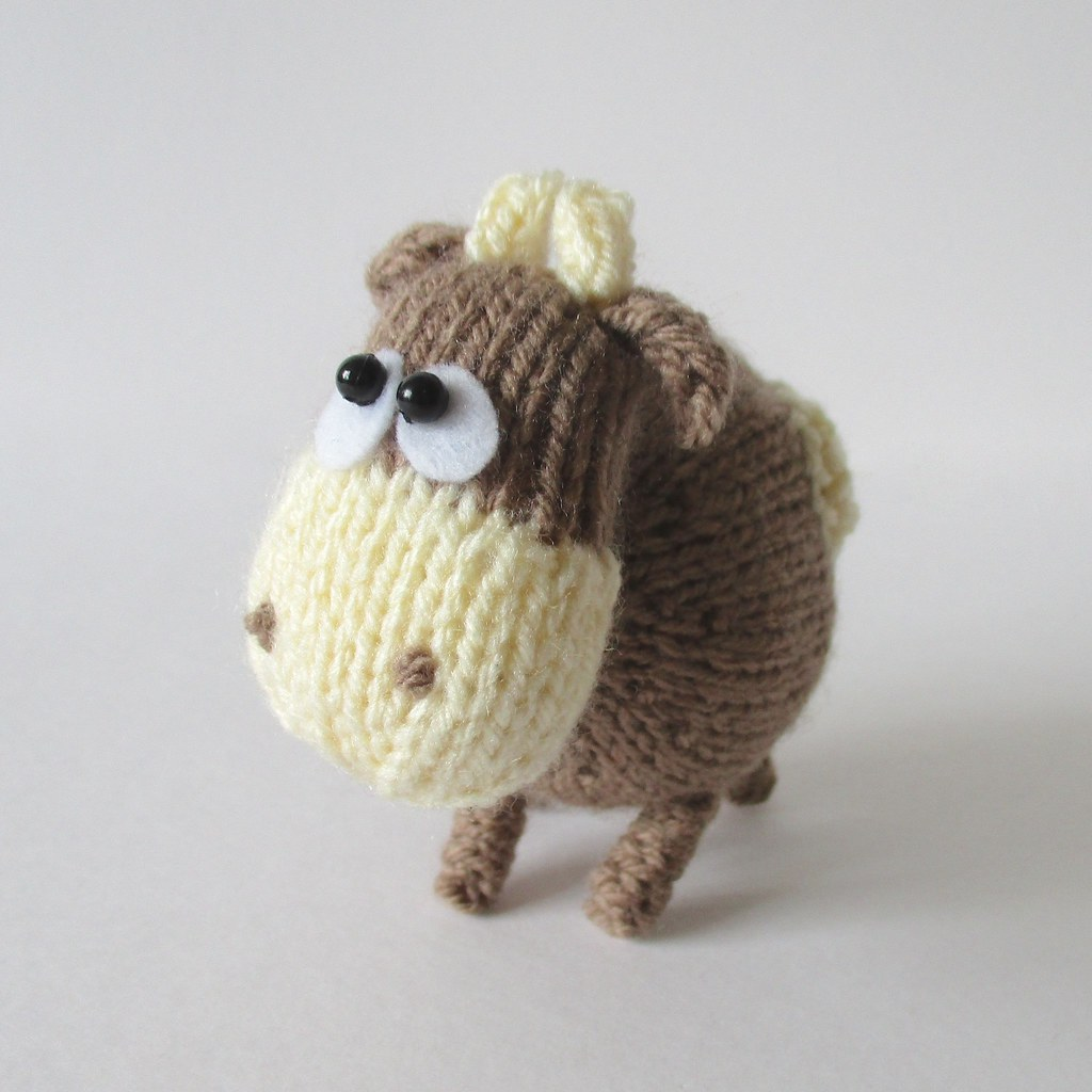 The Worlds Best Photos of cow and knitting - Flickr Hive Mind