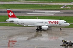 HB-IJS LSMD 31-07-2016 (Burmarrad) Tags: airline swiss aircraft airbus a320214 registration hbijs cn 782 lsmd 31072016