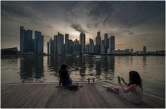 "Singapore 0006 (Fermin Ezcurdia) Tags: singapur singapore ""sudeste asiático"" skyline ""marina bay sands"" ""maryba bay"" chinatown ""barrio indio"" barrio musulman"" ""bufaflo road"" ""clarke quay"" ""orchard ""garden by ""sultan mosque"" ""kuala lumpu"" malasia ""torres petronas"" ""lake garde"" ""petaling street"" ""jalan petaling"" alor"" ""little india"" ""bukit bintang"" ""sri mahamariammam"" ""guan di"" ""kl tower"" menara"