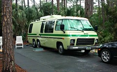 Classic GMC motorhome (Dave* Seven One) Tags: sanpchat camping 2017 fortwilderness disney gmc motorhome 1970s 1976 green classic vintage camper fwd v8 455cid 403cid
